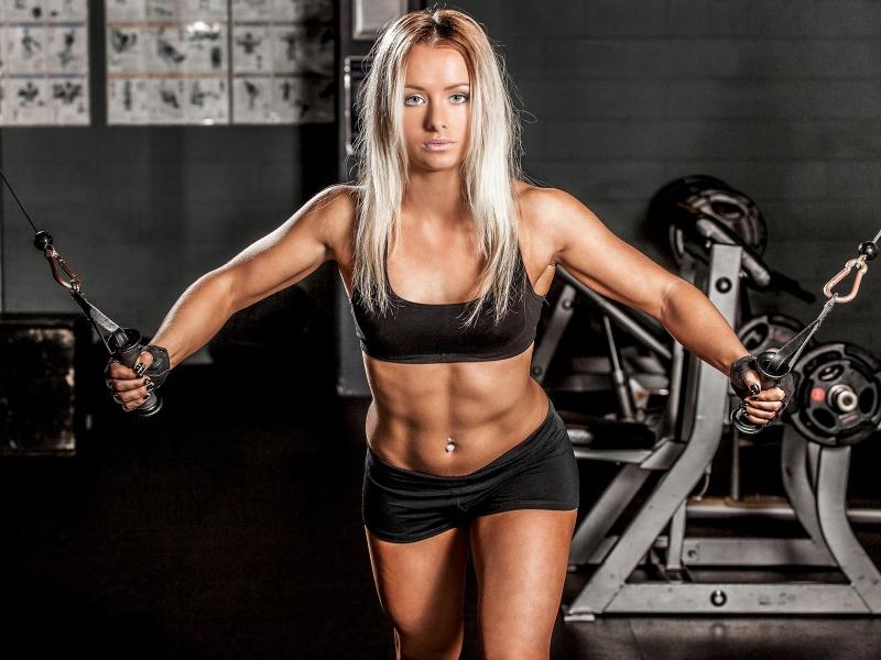 Для плотного живота – силовая тренировка или бег трусцой?